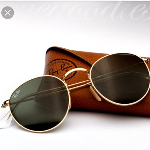 ... get ray ban 3447 round metal sunglasses gold frames with the depop  3e49e 01806 ... c8678a4c43e9