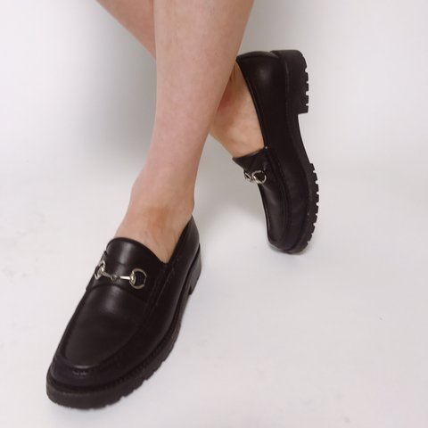 34b4b2444 @corrielej. 9 months ago. New York, United States. Vintage Gucci black  leather loafers. Excellent condition.