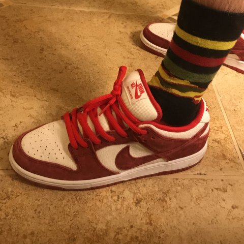 Nike Sb Valentines Day Dunk Good Quality Haven T Been Worn Depop