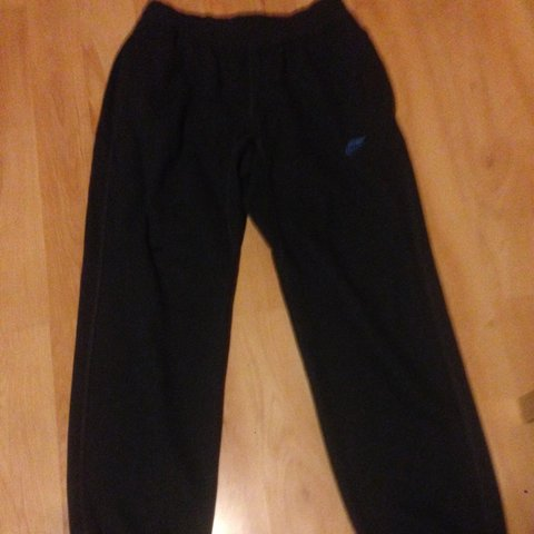 0d9efc641a426c  hclarke11. 3 years ago. Ireland. Nike dark grey tracksuit bottoms