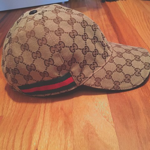 163b2b982cfa1 Never worn Gucci cap. Real Gucci