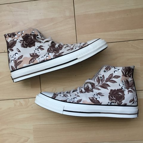 b93909f082a21 Brand new pair of Converse 70s with camo floral print 🌿. No - Depop