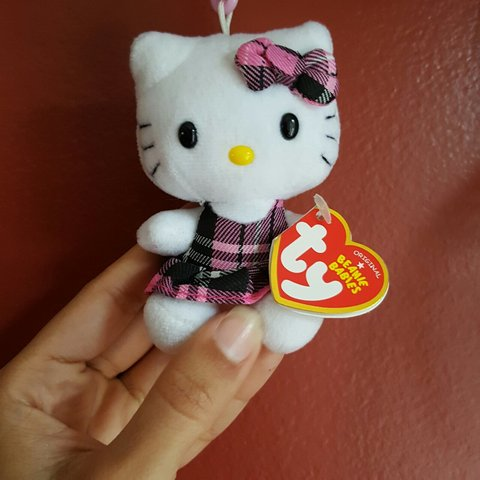 edffbf6c10840 Hello kitty by Sanrio beanie baby keychain in good condition - Depop
