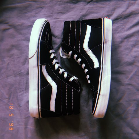 a652d2a91b0 REDUCED Black hi old skool vans US size 8 - so they fit a 6 - Depop