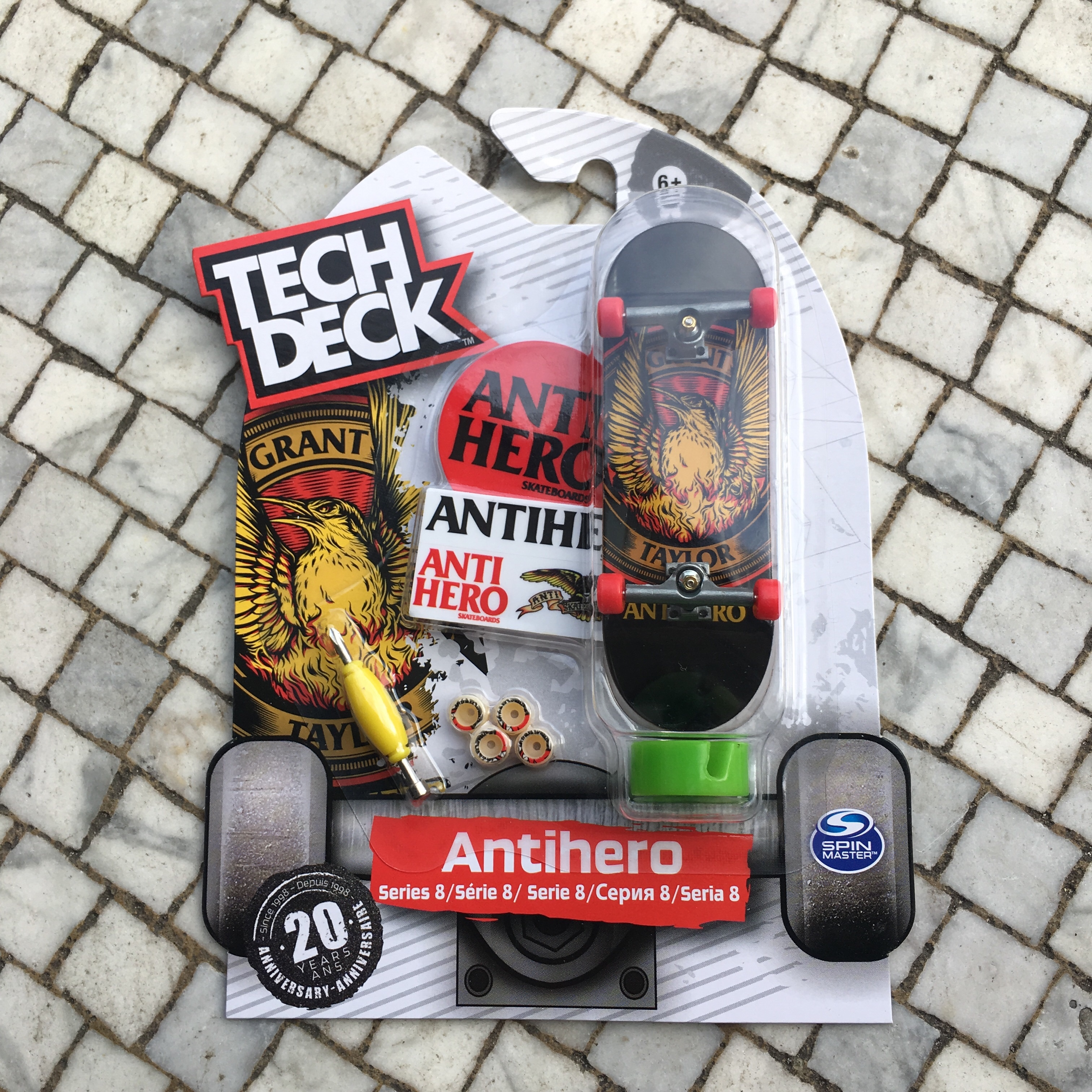 Tech Deck Series 8 Anti Hero Finger    - Depop