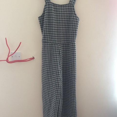 0bbad475a156 Zara S checked cropped culotte jumpsuit. New with tags and 8 - Depop