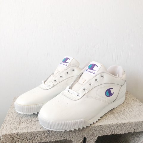 319362771855e Vintage 90 s Champion brand sneakers