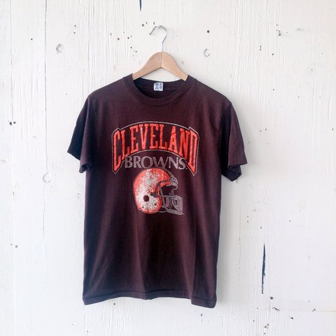 a69a3f427982 @ellerou. 3 years ago. Michigan, USA. vintage champion cleveland browns  football tee ...