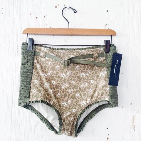 3bcc63cf86c6c marc by marc jacobs high-waisted bathing suit bottoms size a - Depop