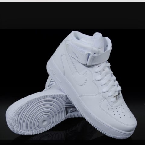 lavare scarpe nike air force