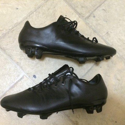 169aea857 ... shopping nike mercurial vapor 10 blackout size 7.5 uk rrp 160 depop  09525 f817b