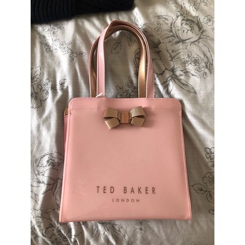 79326fcd2156 Gorgeous pink ted baker bag. Brand new with tags.RRP £30.   - Depop