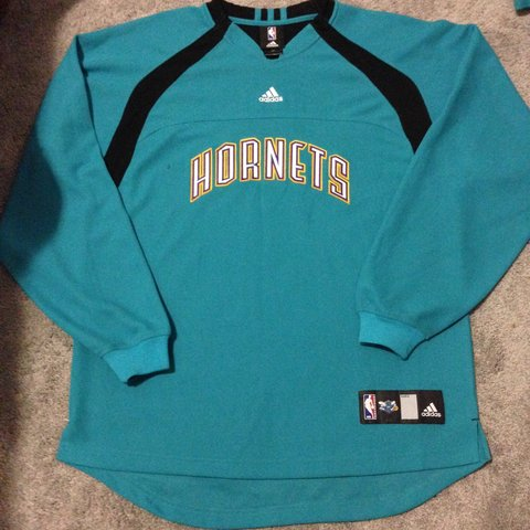 c8c479572 Adidas Charlotte Hornets hockey jersey size small great no a - Depop