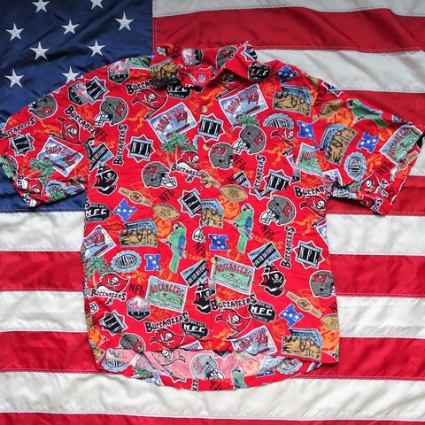 Tampa Bay Buccaneers button up party shirt. Tags was ripped - Depop 725f8bf1e