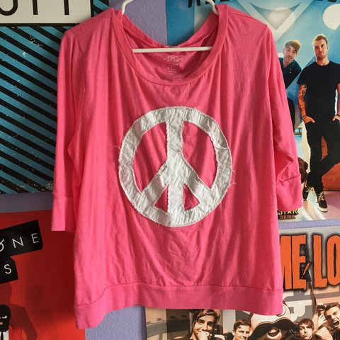077849ee3c1 Flowy Half Sleeve Pink Top From Old Navy Bought A Few Back Depop