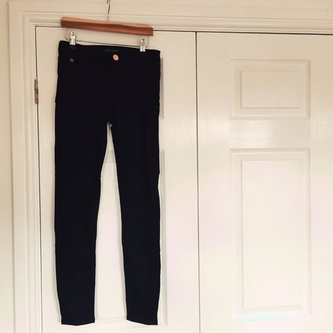 d5cc5bc9eef Black skinny jeans UK 6 from River Island • Black with a to - Depop