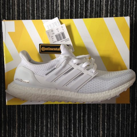 2b7700bc6 Adidas ultra boost triple white. Size 9 and in dead stock me - Depop