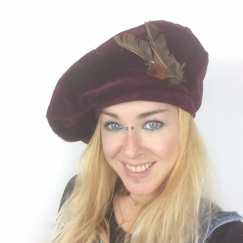 7ed2afef3f186 VINTAGE Burgundy Red VELVET BERET Hat ☆DESCRIPTION This is - Depop