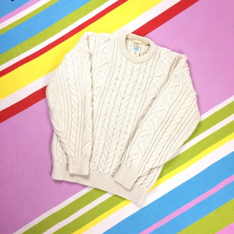 This is a sumptuous vintage classic cream Aran sweater. on - Depop bbe774081