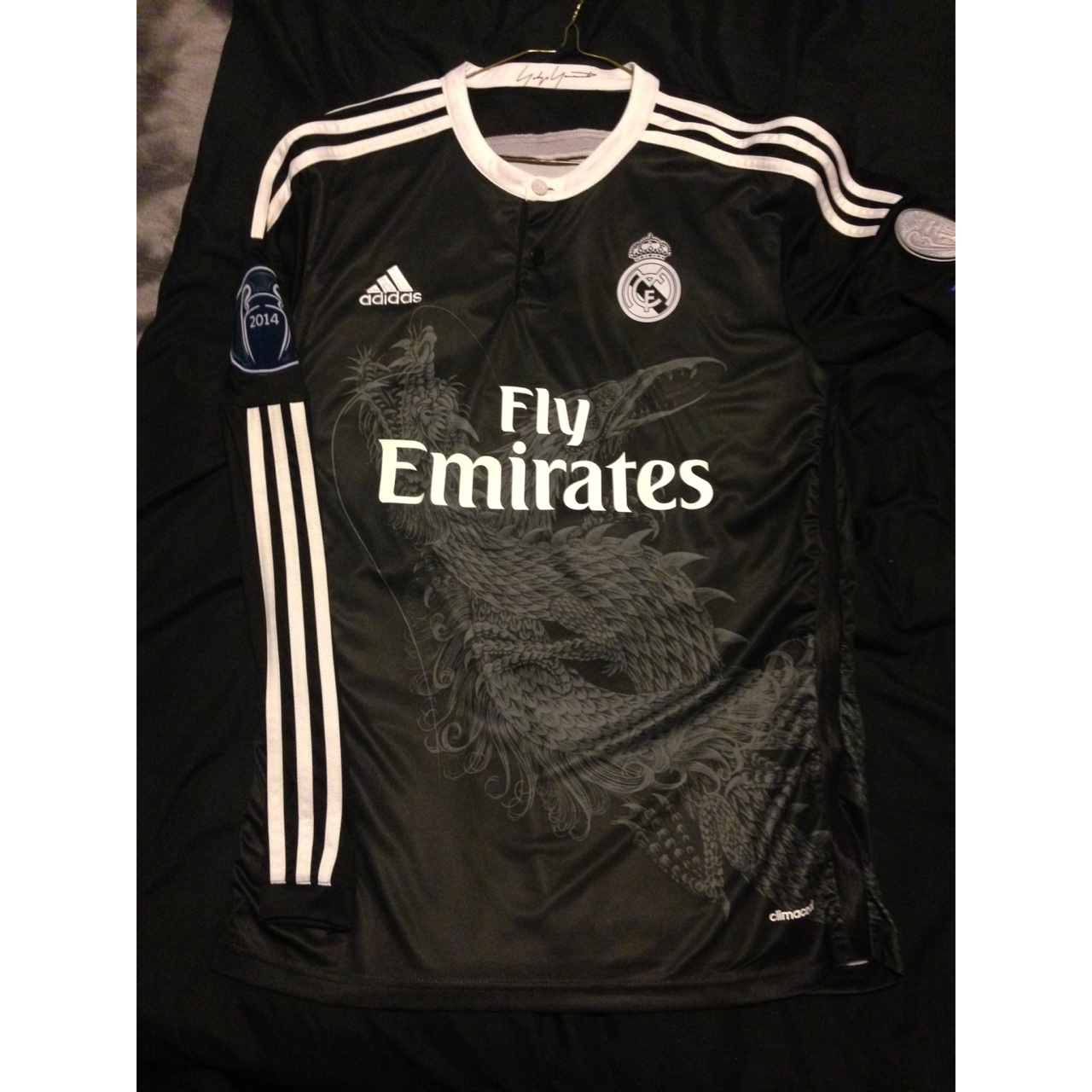 new style e7b32 71dfb Rare real madrid third kit, very good condition.... - Depop