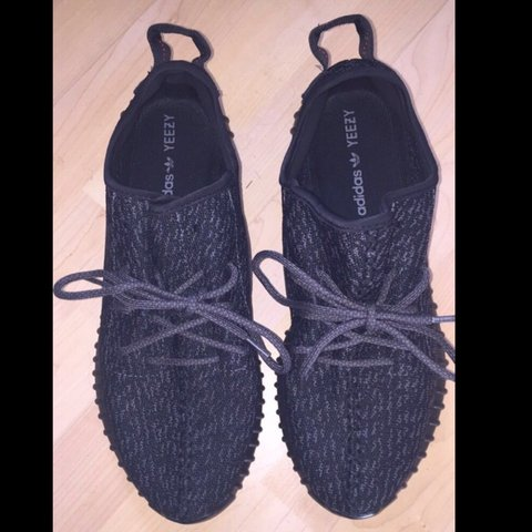 2a87d8deb7f56 YEEZY BOOST 350 PIRATE BLACK. SIZE 10.5 UK. BRAND NEW