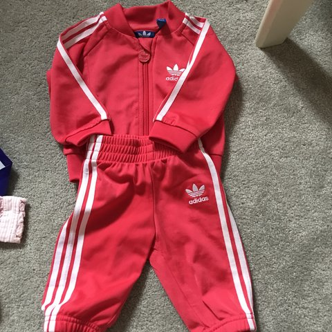 4d8e0acc9 @beckygould. 6 months ago. London, United Kingdom. Baby girl Adidas  tracksuit 0-3 months. Slight wear at front ...