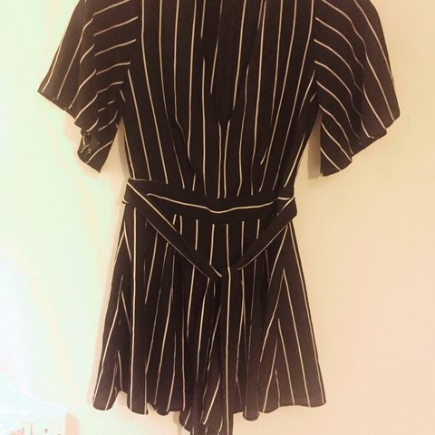 f4d032db27d2 Stripe plunge v neck playsuit from Primark size 6  primark - Depop