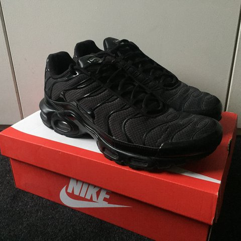 5723cfb151 All Black Nike TNs UK Men's size 11 9.5/10 condition - worn - Depop