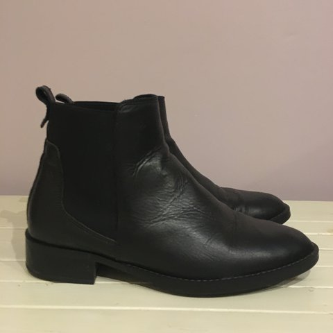 6b57d5949fb0 Real leather, black Oasis Chelsea boots. Really soft comfy a - Depop
