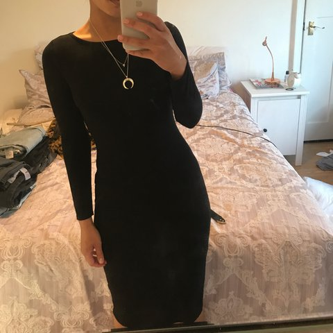 f349a45537c7 @oliviahumps. 2 years ago. Leicester, United Kingdom. Topshop petite black  midi long sleeve bodycon dress.