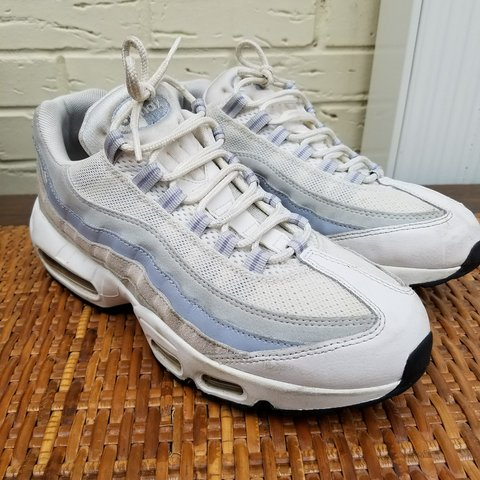 Women s Nike Air Max 95 s. Excellent lightly used condition. - Depop ea2dc6dd1062