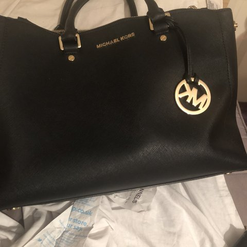 ff758a2b78f3 @lizkemi. 4 months ago. Grays, United Kingdom. Michael Kors bag. QUICK SALE  Great condition. Used a few times
