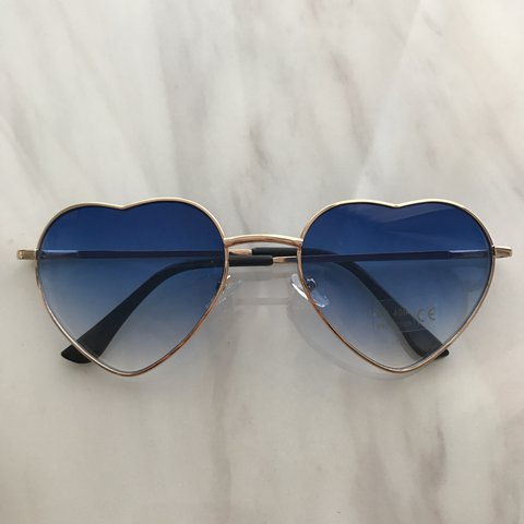 ef3af0b3f0 Heart Shaped Festival Blue Gradient Sunglasses UV400 New - Depop