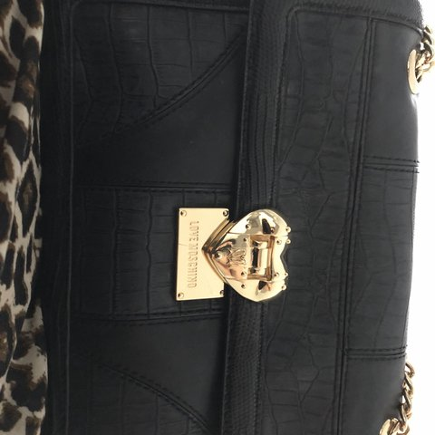 7392f1889e2 @amyyates14. last year. Chichester, United Kingdom. Genuine love Moschino  bag bought from house of Fraser ...