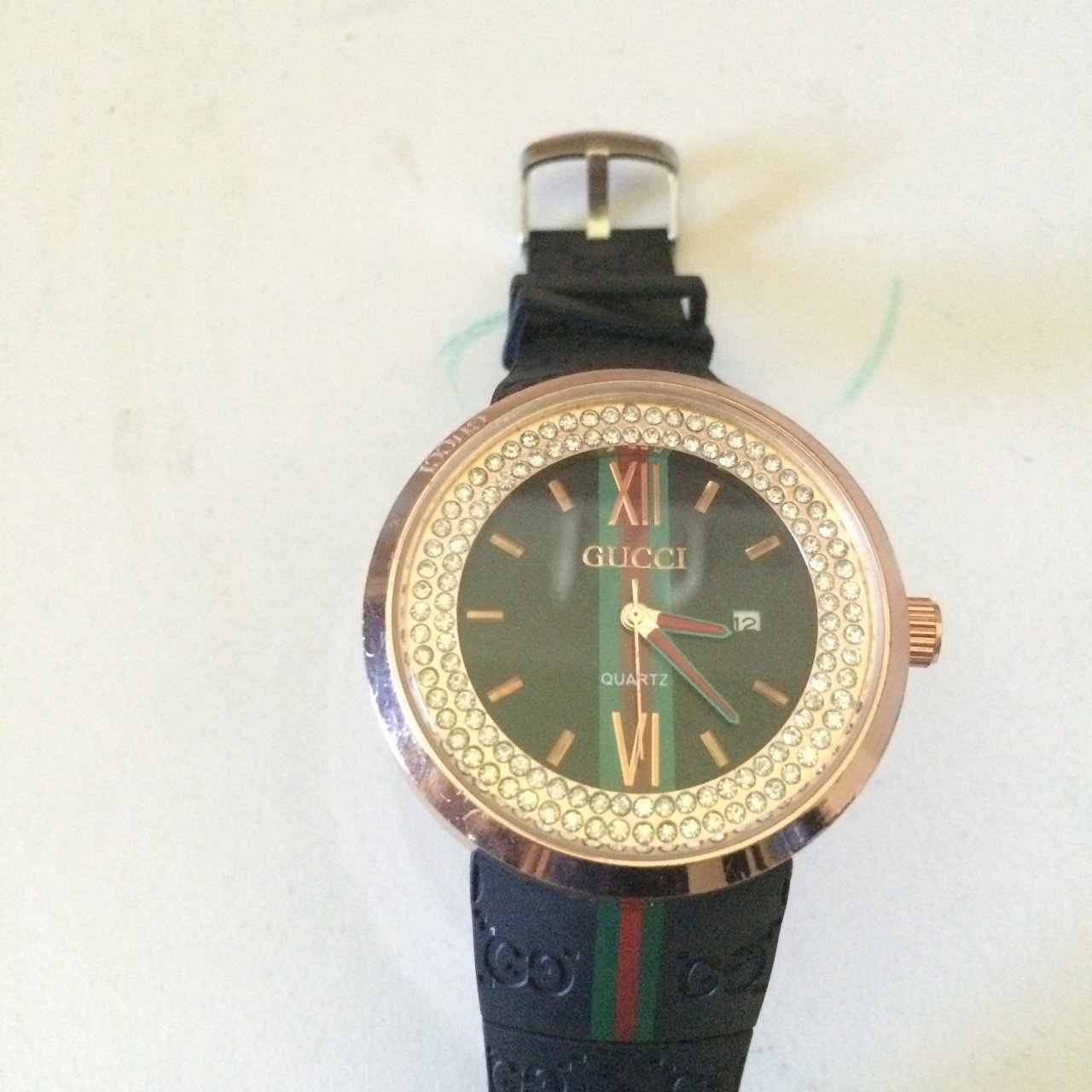 12ed1fc3632 Mens Gucci watch for sale. Fully functional