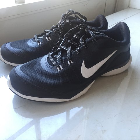 077dbe1a38fc1 @cxmilaaa. 10 months ago. Miami, United States. black and white nike  trainers flex tr 5 in a women's size ...