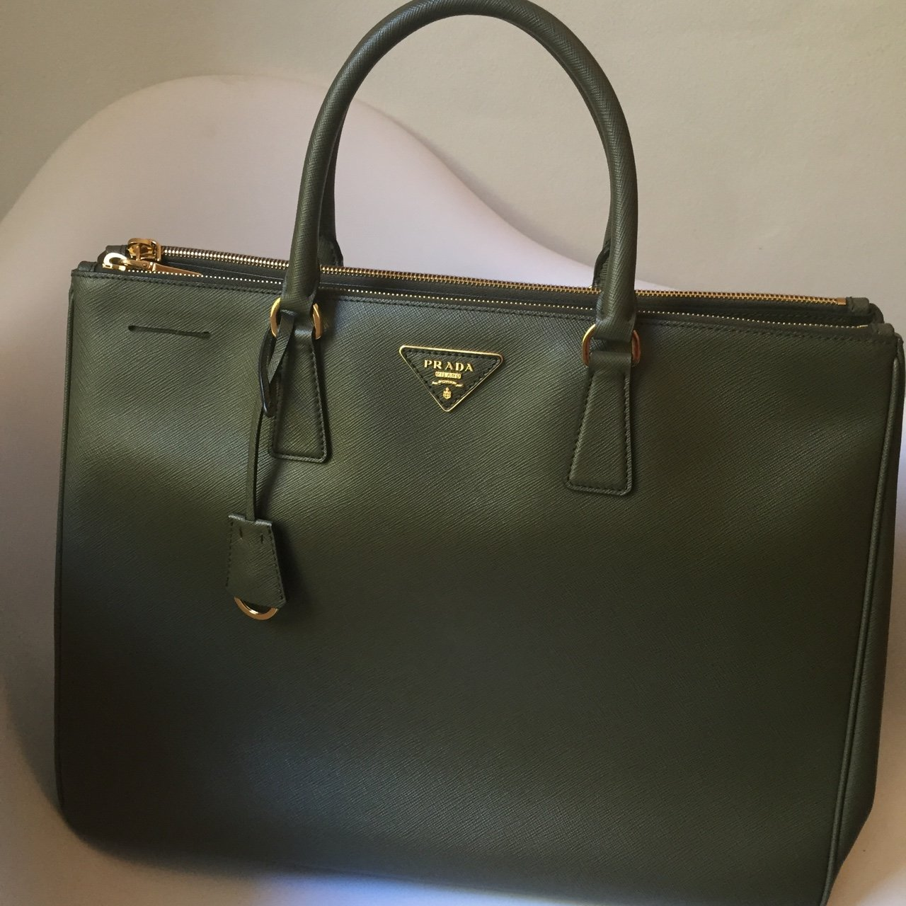 dc1c8557d7a771 @julietshimmer. 3 years ago. Barcellona, Barcellona, Spagna. Prada Tote bag  Saffiano leather in Military Green. NEW!