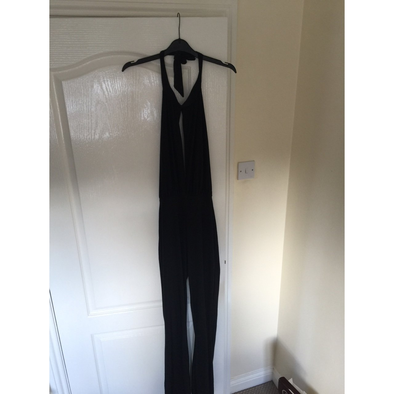aa208e35220e Size 8 missguided backless jumpsuit with a keyhole opening - Depop