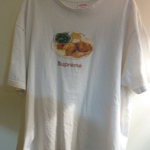 080b3d9534ca @edcarrot. 14 days ago. Truro, GB. SS18 Supreme Chicken Dinner T-shirt ...