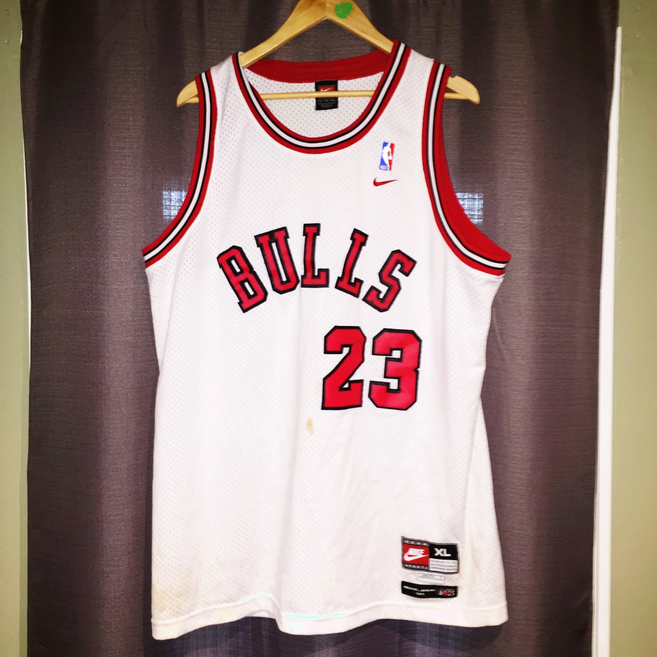 wholesale dealer 9d254 ec9ae Nike Team Flight 8403 Jordan jersey - Depop