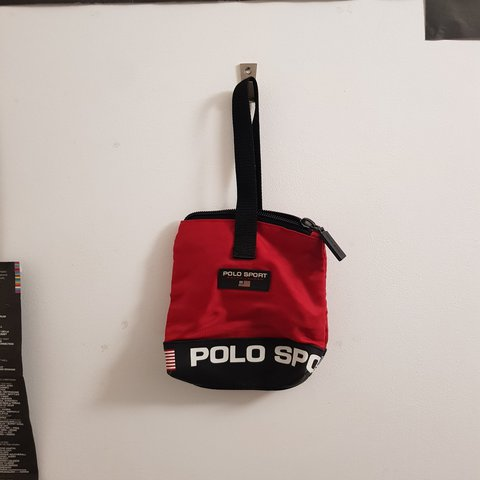 dff97b38d04c Mini Ralph Lauren polo sport bag in solid condition. The bag - Depop