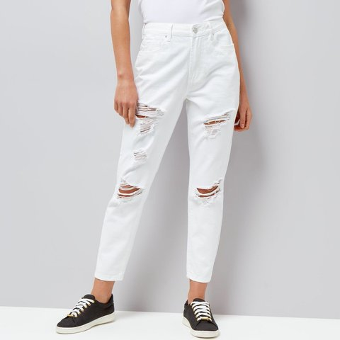 2be64b41350 @lilixo. last year. Guildford, United Kingdom. Brand new never worn white  ripped tori mom jeans from new look.