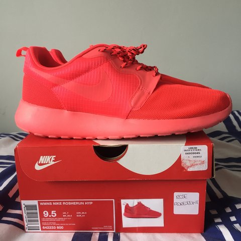new product 39b2f 3d64a Nike Roshe Run,  Fluorescent Rose  Size 7 but will fit an 8 - Depop
