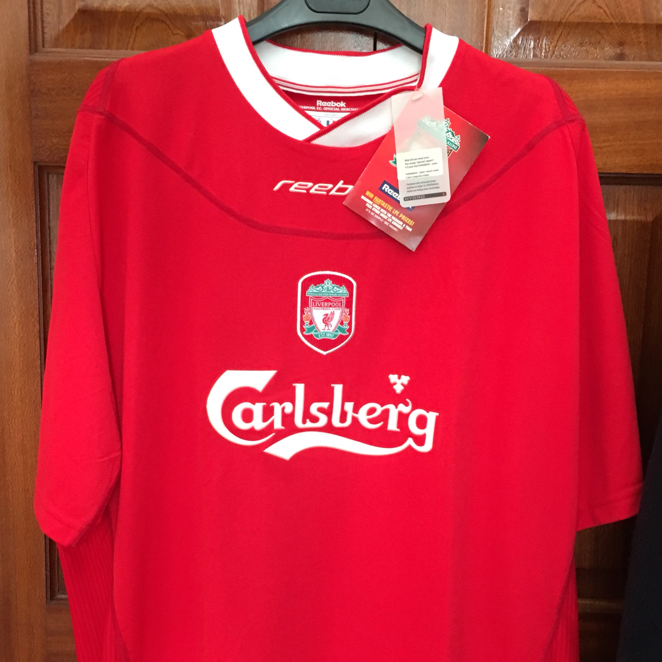wholesale dealer 0f4ca 5a48a Liverpool jersey new with label reebok - Depop
