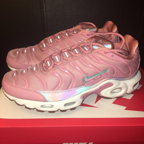 73ab6e4123 ... low price nike pink tns shoe trainers. air max plus se red stardust.  depop