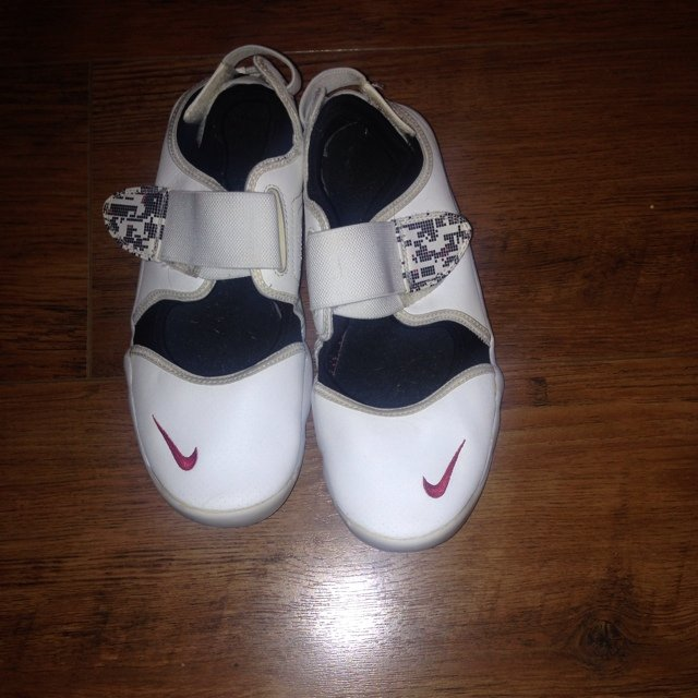 858638fa7 Nike trainers. Nike air rifts