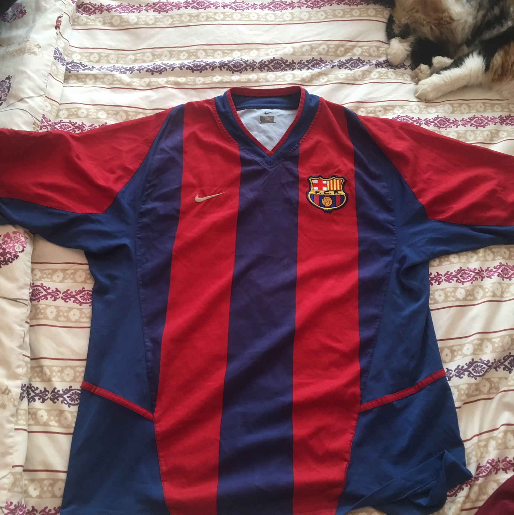 size 40 e38a6 26cd0 FC Barcelona 2002/2003 football kit! Worn but still... - Depop