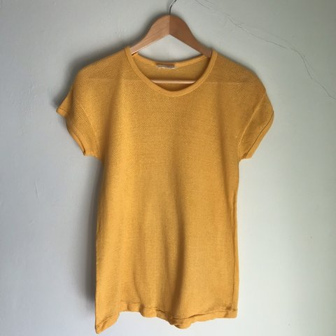 fabc9239 Vintage Mustard Yellow Netted T-shirt 🌴U.K. SIGNED FOR XL - Depop