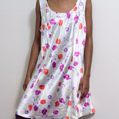 6eefff5abf8 White satin slip dress with flower print all over