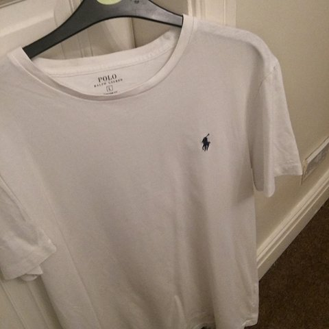 b6d977c2ca8f @benembury. 2 years ago. United Kingdom. Polo Ralph Lauren plain white T  shirt. Size large in perfect condition.